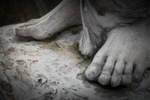 bare-feet-in-sand